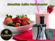 Easy and Delicious Strawberry Smoothie Milk Shakes, Fruit Shakes, Strawberry Juice, Strawberry Milkshake, Strawberry Shortcake, Strawberry Cheesecake, Faire Un Milk Shake, Smoothies Sains, Cheesecake In A Glass