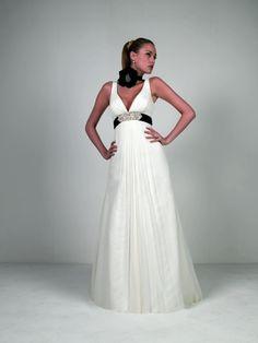 c7be4155b El vestido de novia  innovias preferido de las novias que quieren un  detalle en negro