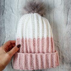 Ravelry: Modern PomPom Hat pattern by Cindy Unangst Beanie Pattern Free, Crochet Beanie Pattern, Easy Crochet Patterns, Knitting Patterns, Free Pattern, Hat Patterns, Crocheting Patterns, Crochet Hats For Boys, Crochet Winter Hats