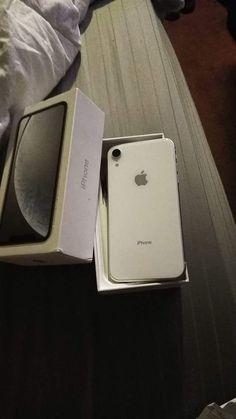 iPhone XR 64GB UNLOCKED for Sale in Philadelphia, PA - OfferUp Philadelphia Pa, Iphone