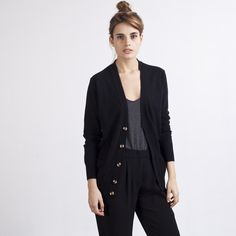 I have been looking everywhere for the perfect black cashmere boyfriend cardigan. I think I just found it.