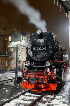 Night time snowy steam - Nigel