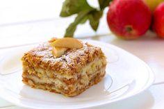 Určite poznáte klasický sypaný koláč s pudingom. Tento recept je s jablkami, je veľmi jednoduchý na prípravu a chuťovo je fantastický.
