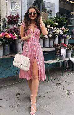 Vestido Midi: Descubra looks perfeitos para arrasar nas festas e no dia a dia! Classy Outfits, Casual Outfits, Classy Casual, Smart Casual, Work Outfits, Beautiful Outfits, Cute Dresses, Casual Dresses, Trendy Dresses
