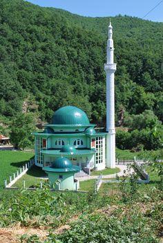 New mosque in Srbinovo, Gostivar, Macedonia