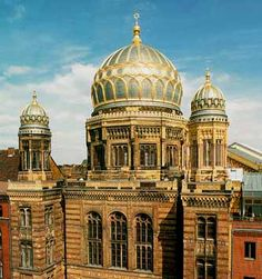 Jewish Synagogue in Berlin, restored after fire and bomb damage and Nazi desecration during WW II - beautiful domes...