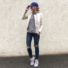 http://liketk.it/2q3Jq - Rainy days call for casual clothes. @LeanneBarlow on Instagram.