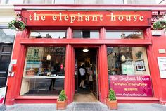 As any Harry Potter fan would, I had already planned to visit The Elephant House during our time in Edinburgh, but when I came across reviews for the Potter Trail on TripAdvisor I knew we'd s…