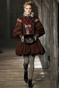 Designer fashion inspired by the Italian Renaissance - Chanel Pre Fall 2013