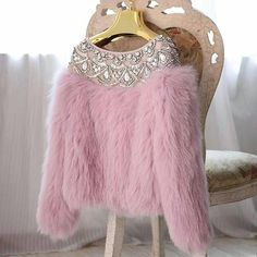 Cozy pink sweater with bling and fur. Fur Fashion, Hijab Fashion, Winter Fashion, Fashion Dresses, Womens Fashion, Fashion Clothes, Ladies Fashion, Beads Clothes, Barbie Mode