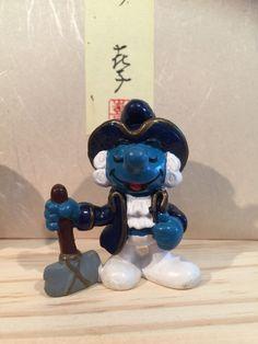 Super hard to find historical George Washington smurf. Marked made in Macau. Macau, George Washington, Smurfs, Etsy Shop, Fictional Characters, Vintage, Art, Art Background, Kunst
