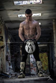 If you are under 18 or are offended by erotic material, please leave immediately. Guys tied up. Rope, metal, leather, rubber and various other bits and pieces. Sexy Biker Men, Biker Love, Sexy Men, Sexy Guys, Tom Hardy Shirtless, Shirtless Men, Hot Army Men, Hot Men, Motard Sexy