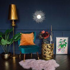 Gorgeous Glam Gold Floor Lamp | Audenza Blue And Orange Living Room, Orange Rooms, Green Rooms, Navy Blue Rooms, Blue Living Room Decor, Living Room Designs, 1930s Living Room, Gold Floor Lamp, Living Room Inspiration