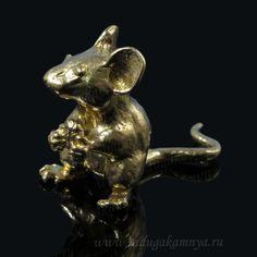 Мышка из бронзы литая. 42*21*32 мм. Артикул: 95601вл  шт. 128руб.