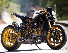 Ducati 1098 Cafe Racer. Beautiful.