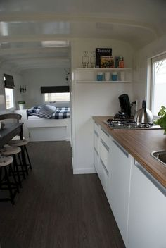 Adorable 90 Modern RV Living Remodel Travel Trailers Ideas https://roomadness.com/2018/04/02/90-modern-rv-living-remodel-travel-trailers-ideas/
