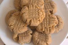 Super Easy Peanut Butter Cookies by poetas, via Flickr