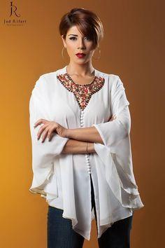 Caftan Modern Fashion Outfits, Hijab Collection, Kaftan Abaya, Moroccan Dress, Stylish Shirts, African Dress, Traditional Dresses, Chanel, Elie Saab Couture