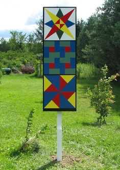 Helderberg Quilt Barn Trail is a driving tour of wooden, painted barn quilts in the Helderberg Hilltowns of Albany County in Upstate New York. It's part of a national grassroots folk art movement. Barn Quilt Designs, Quilting Designs, Quilting Projects, Farm Quilt Patterns, Painted Barn Quilts, Barn Signs, Barn Renovation, Barn Art, Country Barns