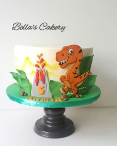A gallery of fondant and gum paste cakes from a collection of cake decorators who have created unique and fun birthday parties for boys around the world. Boy Birthday Parties, Birthday Fun, Birthday Ideas, Dinosaur Dig, Dinosaur Birthday Cakes, Cakes For Boys, Gum Paste, Fondant, Cake Decorating