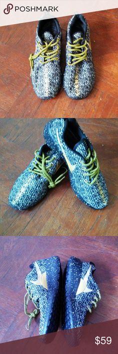 89dbfdfdcc073 NIKES ROSHE RUNS FLYTNIK New Roshe Run Flytnik custom ids This sneakers are  customer returns.