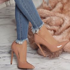 Beautiful shoes with heels for women trend 2018 - High Heels - Zapatos Cute Heels, Lace Up Heels, Pumps Heels, Stiletto Heels, Beige Heels, Stilettos, Nude High Heels, Brown Heels, Nude Pumps