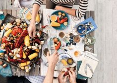 One Pot Clam Bake / Jeremy Liebman Tapas, Lobster Boil, Summer Party Themes, Party Ideas, Catering Food, Party Catering, Feeding A Crowd, One Pot, Clams