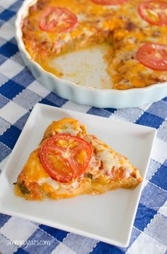 Syn Free Spaghetti Squash Bake - you won't believe how good speed foods can taste. Yummy spaghetti squash topped with tomatoes and cheese. Baked Spaghetti Squash, Baked Squash, Squash Bake, Squash Casserole, Healthy Eating Recipes, Clean Recipes, Vegetarian Recipes, Cooking Recipes, Slimming Eats