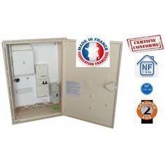 Les coffrets de chantier monophasés sont recommandés pour des installations de faibles et moyennes puissances.  http://www.moncoffretdechantier.com/3-monophase-39kw