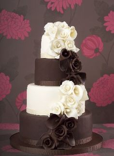 Chocolate Rose cake design from the Little Venice Cake Company! Shop the LVCC… Cool Wedding Cakes, Elegant Wedding Cakes, Wedding Cake Designs, Elegant Cakes, Wedding Ideas, Wedding Inspiration, Wedding Pins, Wedding Shoes, Gorgeous Cakes
