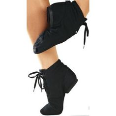 Sansha Soho Jazz Boots Canvas - Split-sole with pleat protection leather patch. Jazz Shoes, Dance Shoes, Man Up, Short Boots, Black Shorts, Soho, Ballet Skirt, Sweatpants, Lady