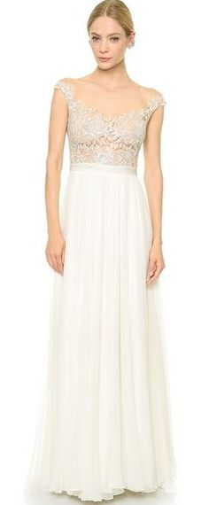 Juliet embroidered wedding gown by Reem Acra http://rstyle.me/n/fii3n2bn