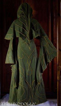 The Haunted Elven Coat Moda Medieval, Medieval Dress, Medieval Clothing, Medieval Fantasy, Larp, Elfen Fantasy, Mode Steampunk, Fairy Dress, Fantasy Dress