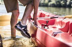 Παπούτσια πεζοπορίας ή σανδάλια πεζοπορίας; Υπάρχει λόγος που υπάρχουν και τα δύο; Η γνώση θα δώσει τη λύση. Διαβάστε!