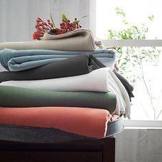 West Elm - Organic Plisse Blanket in light pool