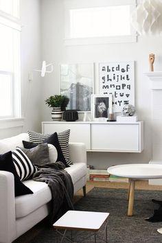 Cozy black and white decor.