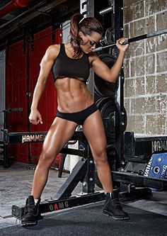 Female Form #StrongIsBeautiful #Inspiration #WomenLift2 Vanessa Tib http://34.gs/mpun