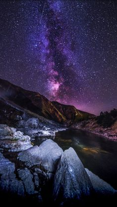 Starry sky, mountains, river, night, 2160x3840 wallpaper