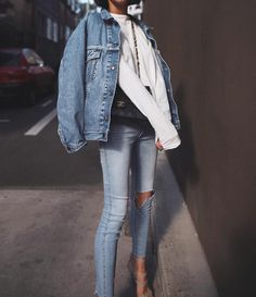 """9,681 Likes, 60 Comments - Petra (@pepamack) on Instagram: """"Jacket is #levis and jeans are @neuwdenim #denim #ootd"""""""