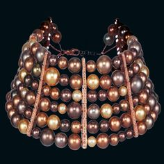 Pearl choker with 151 chocolate pearls and 246 brown diamonds, weighing 6.17 carats, in 18-carat rose gold by Chopard