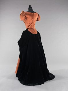 Back View Evening dress Designer: Charles James (American, born Great Britain, 1906–1978) Date: 1949 Culture: American Medium: silk Dimensions: Length at CB: 61 1/2 in. (156.2 cm) Credit Line: Brooklyn Museum Costume Collection at The Metropolitan Museum of Art, Gift of the Brooklyn Museum, 2009; Gift of Erik Lee Preminger in memory of his mother, Gypsy Rose Lee, 1993