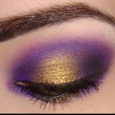 I am so doing this for Mardi Gras!!!