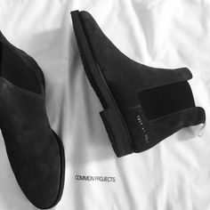 common projects chelsea boot.