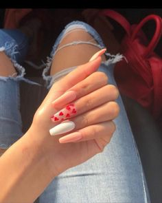 Valentines day nails, heart nails – The Best Nail Designs – Nail Polish Colors & Trends Nail Swag, Nails Kylie Jenner, Red Acrylic Nails, Acrylic Nails For Spring, Holiday Acrylic Nails, Aycrlic Nails, Coffin Nails, Pink Coffin, Long Nail Art