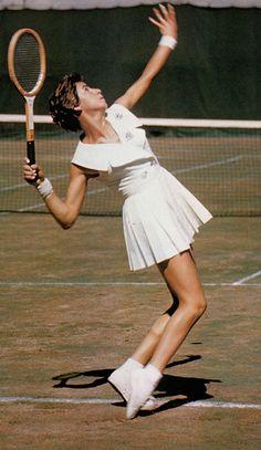 Maria Esther Bueno, 4 títulos do US.OPEN e 3 em Wimbledon.