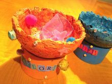 Summertime craft projects for kids ... like these cute bowls to make using handmade paper ... great Summer Fun ideas and activities. | Ziggity Zoom