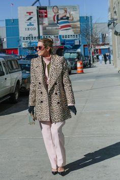 【スナップ】洗練された色使いで魅せる 2016-17年秋冬ニューヨーク・ファッション・ウイーク ストリートスナップ | SNAP | WWD JAPAN.COM