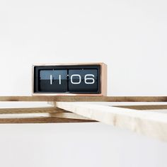 A+R Store - Brick Wall/Desk Clock - Product Detail