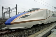 The Shinkansen -- Japanese Super High Speed Passenger Train!! 北陸新幹線 W7系