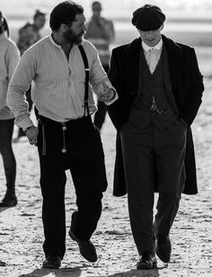 Peaky Blinders actors Tom Hardy, left, and Cillian Murphy, right, chat after filming all day down on Freshfield Beach. Photo by James Maloney Peaky Blinders Merchandise, Peaky Blinders Season, Peaky Blinders Set, Alfie Solomons, Birmingham, Cillian Murphy Peaky Blinders, Boardwalk Empire, Costume, Gentleman Style